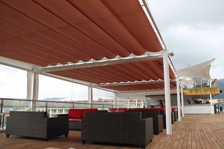 timeless design 0eb8a d341f Phuket Awnings - Retractable Loop Blind (Horizontal)