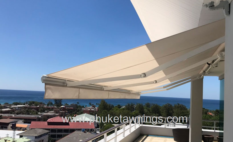 Private Residence Retractable Folding Arm Awnings